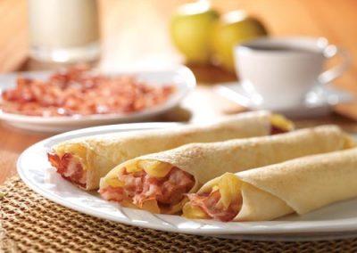 Crepes de Tocineta Rebanada Plumrose® y Manzanas