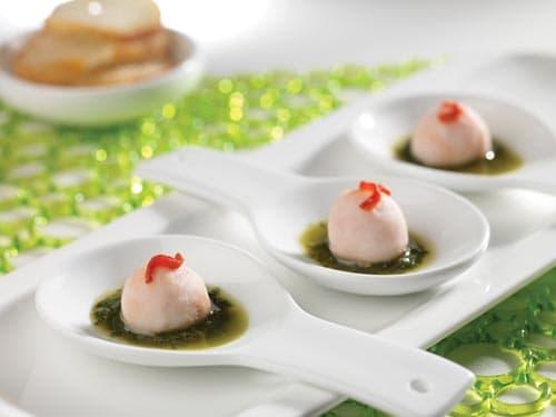 Esferas de Pechuga de Pavo Superior Plumrose® Rellenas de Tomate Seco con Pesto